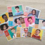 set 10 tweetalige postkaarten kinderen